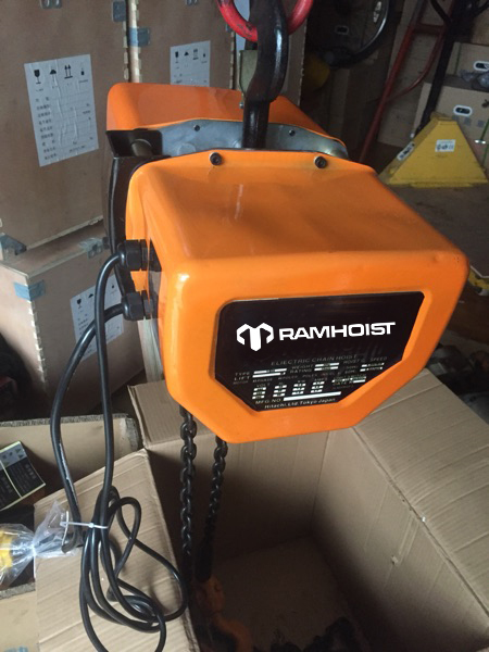 CPT Electric Chain Hoists1-2.jpg