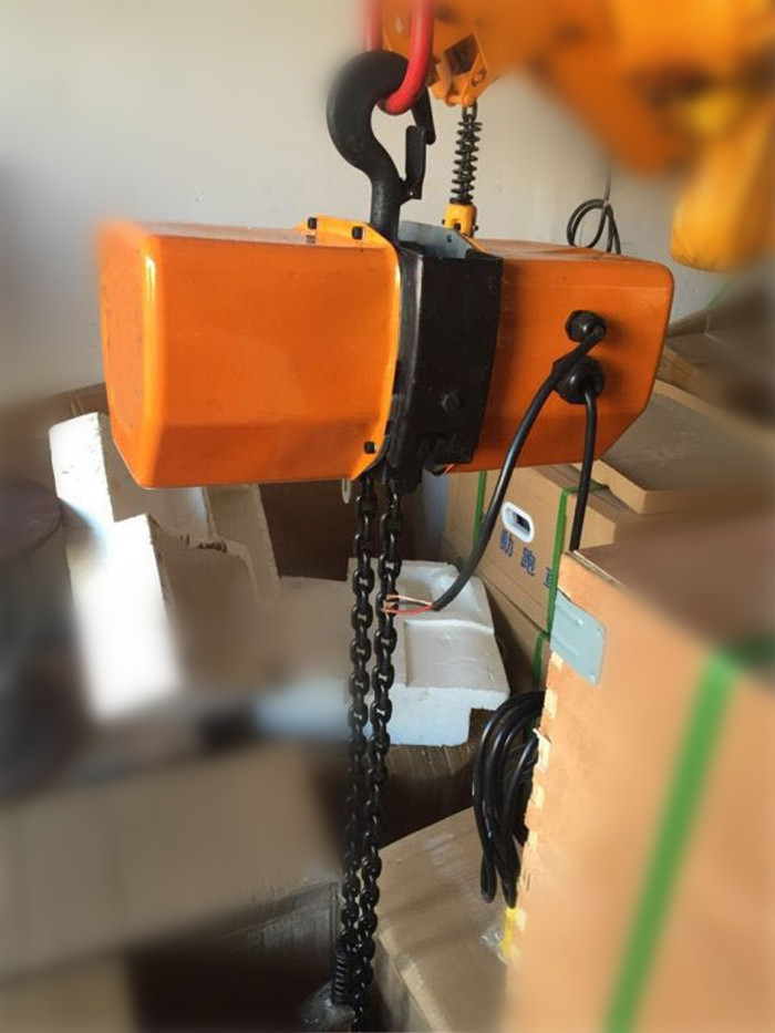 CPT Electric Chain Hoists1-9.jpg