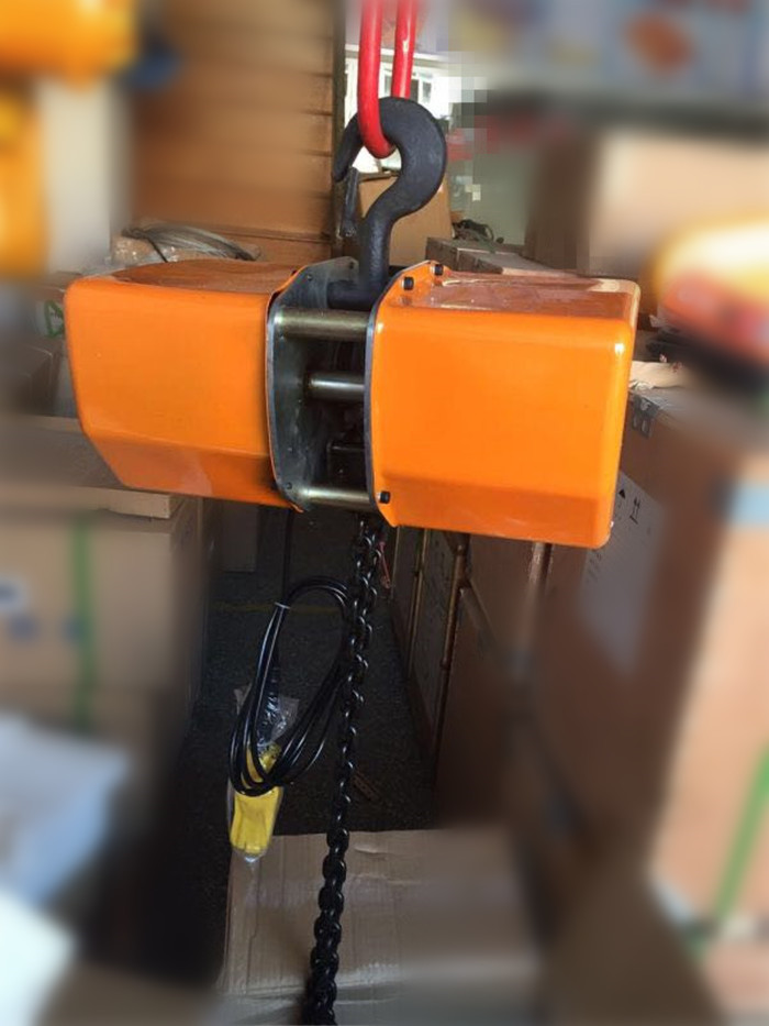 CPT Electric Chain Hoists1-10.jpg