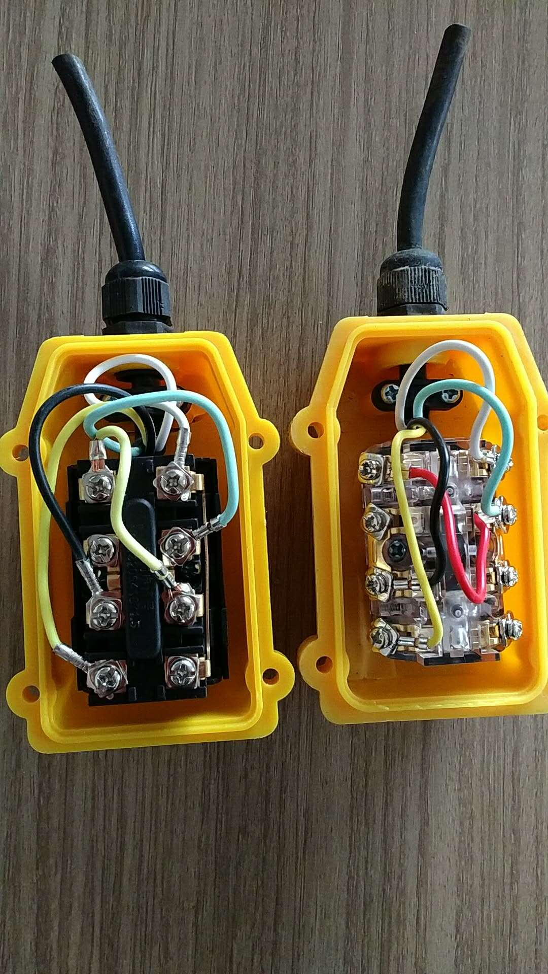 Wire Diagramm for the Switch of Mini Electric Wire rope Hoist.jpg