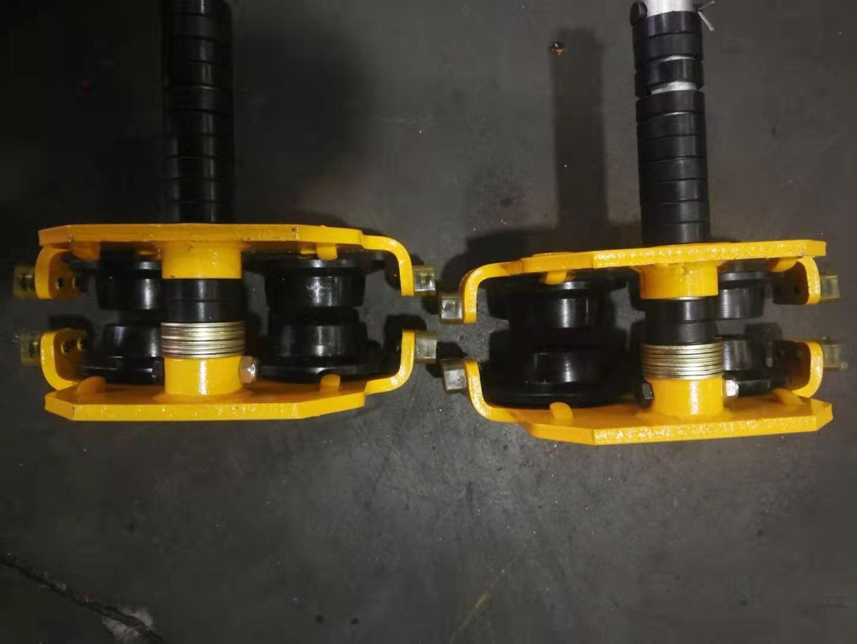 Site photos of 500kg dual speed electric chain hoist1.jpg