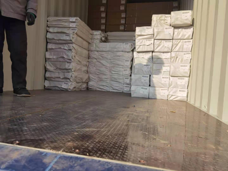 loading of drywall lift3 (1).jpg