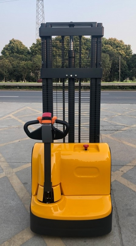 Electric walkie forklift stacker made in china10.jpg