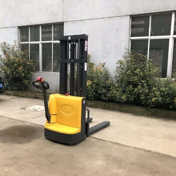 Electric walkie forklift stacker made in china14.jpg