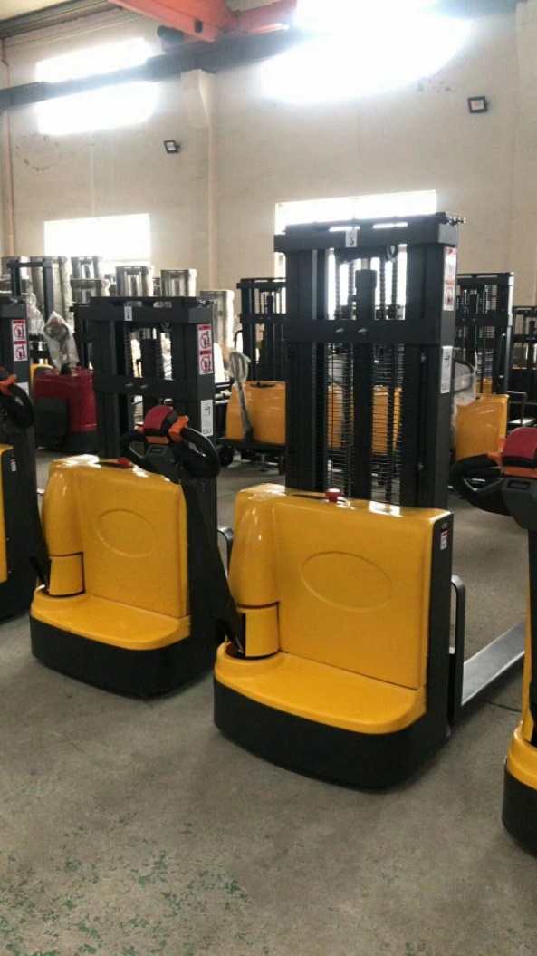 Electric walkie forklift stacker made in china22.jpg
