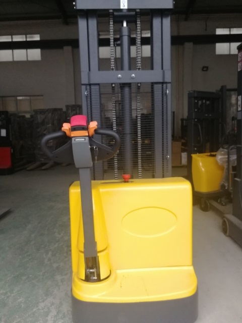 Electric walkie forklift stacker made in china28.jpg